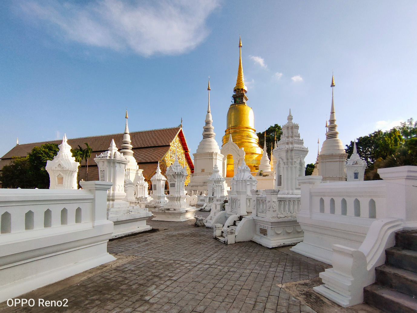 Khám phá vẻ đẹp cổ kính và thanh bình của Chiang Mai qua ống kính OPPO Reno2 - Hình 1