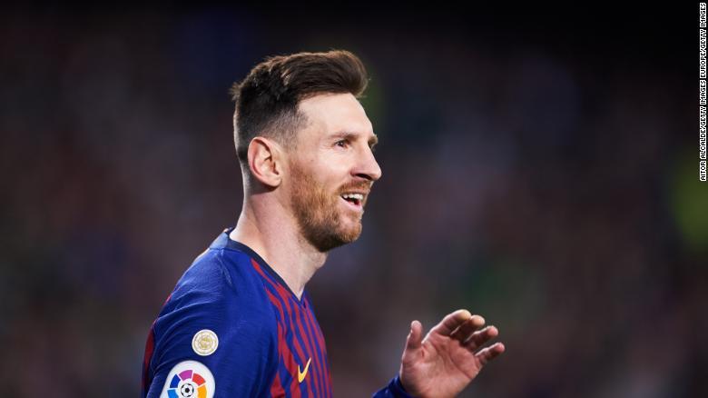 Messi là vô hạn! - Hình 1