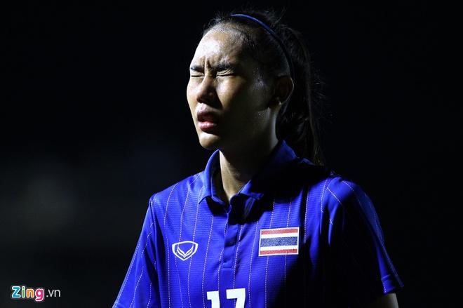 Nữ tiền đạo Thái Lan thừa nhận Việt Nam xứng đáng thắng - Hình 1