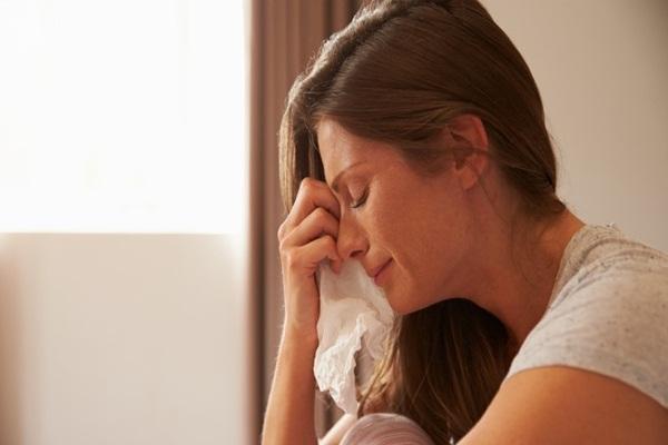 Tâm sự của bà mẹ có cô con gái tìm đến tự tử vì trầm cảm sau sinh - Hình 1