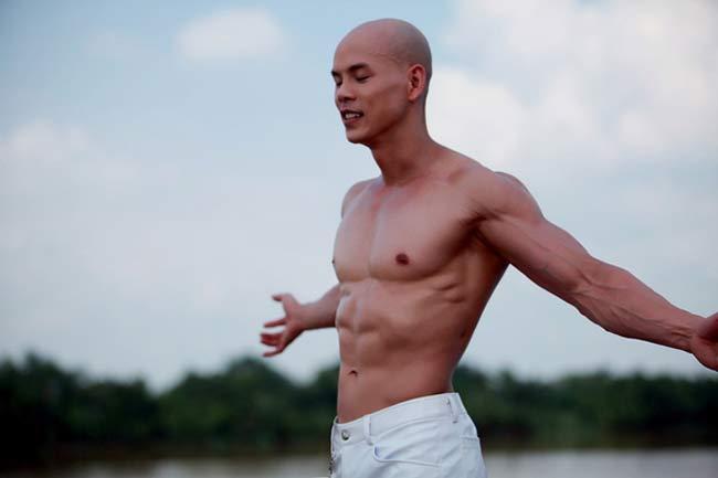 Top nam thần cơ bắp showbiz Việt: Phan Đình Tùng, Đan Trường body như bàn thạch - Hình 1