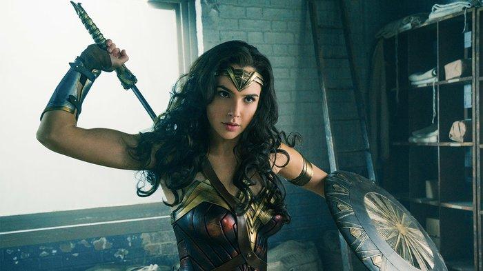 'Wonder Woman 1984' tung trailer đầu tiên: Vẫn lợi hại như xưa! - Hình 1