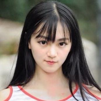 4 hot girl sinh năm 1995 nổi tiếng trong giới trẻ châu Á - Hình 14