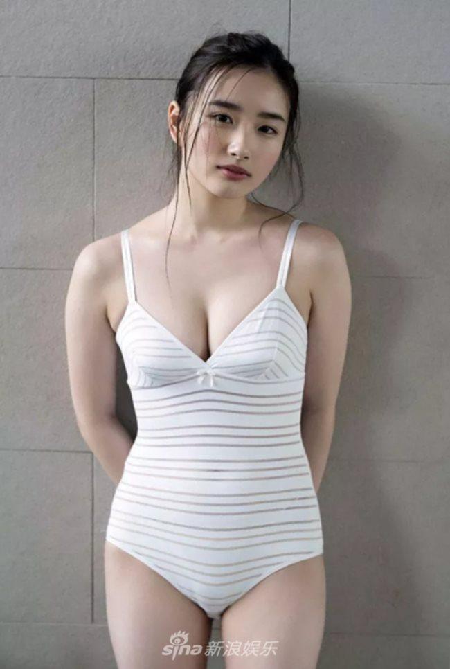 2 người mẫu trẻ mới nổi có vòng 1 chuẩn mực đang hot tại Nhật Bản - Hình 10