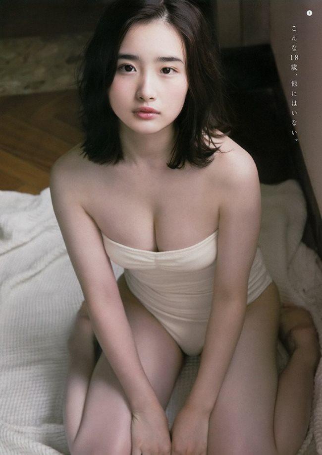 2 người mẫu trẻ mới nổi có vòng 1 chuẩn mực đang hot tại Nhật Bản - Hình 16