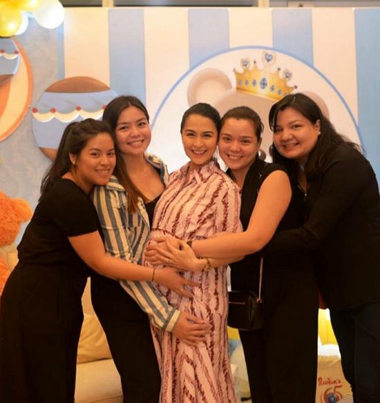 Nhà chồng mở tiệc mừng mỹ nhân đẹp nhất Philippines sắp sinh con trai - Hình 5