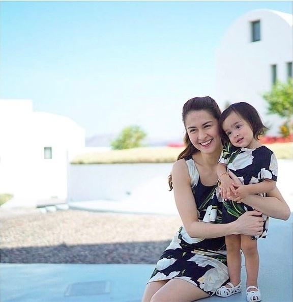 Học lỏm mỹ nhân đẹp nhất Philippines diện đồ mẹ con ngày Tết cực đẹp - Hình 11