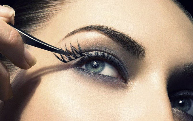 Những sai lầm hàng ngày có thể khiến lông mi của bạn mất đi vẻ đẹp vốn có - Làm đẹp