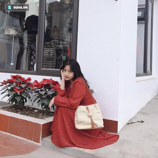 Đứng chờ xe buýt bên đường, cô gái khiến dân mạng nỗ lực truy tìm danh tính vì quá xinh - Hình 11
