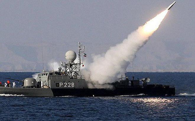 Iran tập trận quy mô lớn ở vùng Vịnh - Hình 1