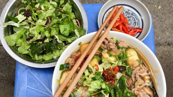 Nhân Hội nghị thượng đỉnh Mỹ-Triều lần 2, CNN gợi ý 5 món ăn Hà Nội du khách nên thử - Hình 4