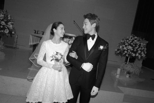 Ai sướng như mỹ nhân châu Á này: Xuất thân danh gia vọng tộc, tài sắc vẹn toàn lại toàn lấy được chồng như ý - Hình 2