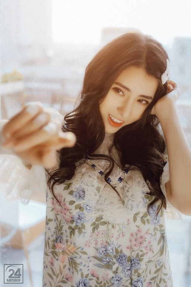 Hot girl Bích Hạnh gây thương nhớ trong loạt ảnh buông lơi vai trần - Hình 3