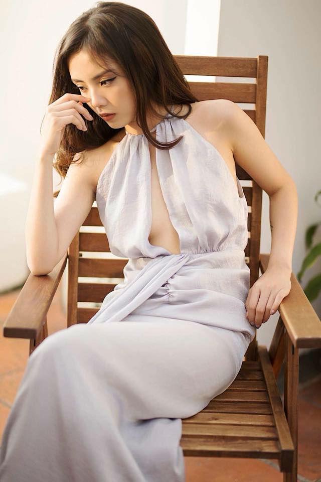 Lâm Á Hân da nõn nà, dáng đẹp hơn thời thiếu nữ nhờ cho con bú sữa mẹ - Hình 4