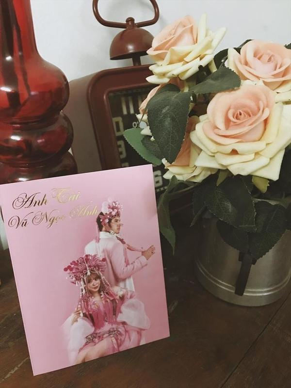 Hé lộ thiệp cưới tông hồng ngọt ngào của nữ diễn viên Gạo nếp gạo tẻ và chồng soái ca - Hình 4