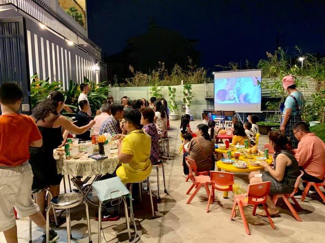 Ốc Thanh Vân tự tay chuẩn bị tiệc sinh nhật cho con trai út tại nhà riêng - Hình 5