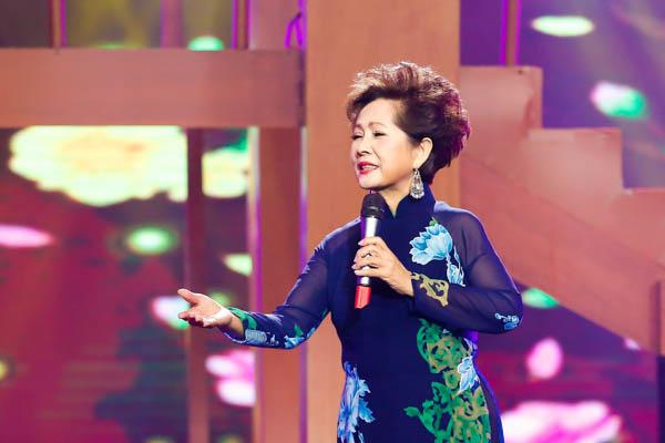 Danh ca Phương Dung tiết lộ người phụ nữ quyền lực phía sau hào quang của nhạc sĩ Lê Dinh - Hình 1