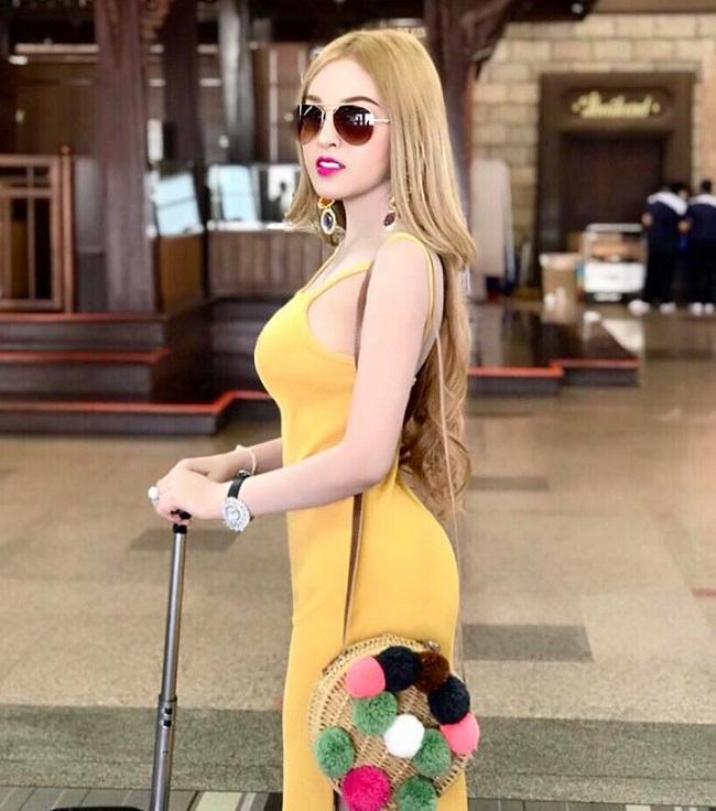 Người đẹp Campuchia hứa tiết chế thời trang gợi cảm nhưng sự thật trái ngược - Người đẹp