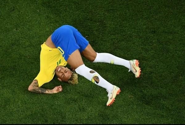 3 lý do khiến Neymar không đủ trình sánh ngang cùng Messi, Ronaldo - Hình 2