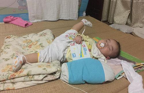 Những dáng ngủ có 1-0-2 của nhóc tì - Hình 1