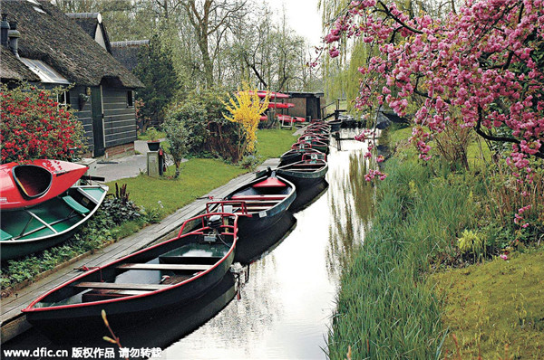 Giethoorn - ngôi làng nổi hay phiên bản cổ tích của Amsterdam - Hình 3