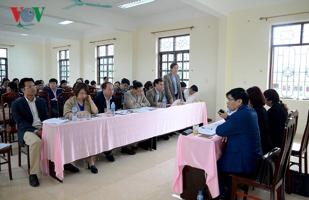 Quảng Ninh: Không có chuyện chuyển trường công thành trường tư - Hình 1