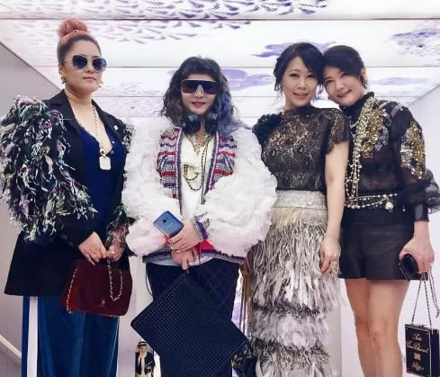 Cuộc sống thượng hạng của nữ kim chủ chống lưng Seungri: Dát hàng hiệu lên người, không tiếc tiền theo chân G-Dragon - Hình 9