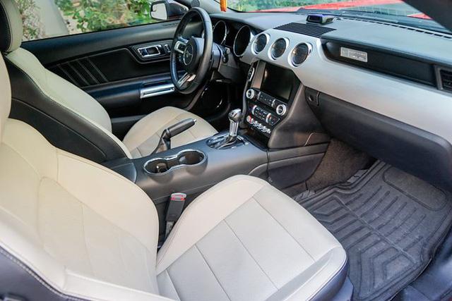 5 năm tuổi, Ford Mustang hạ giá chỉ hơn 1,7 tỷ đồng - Hình 8