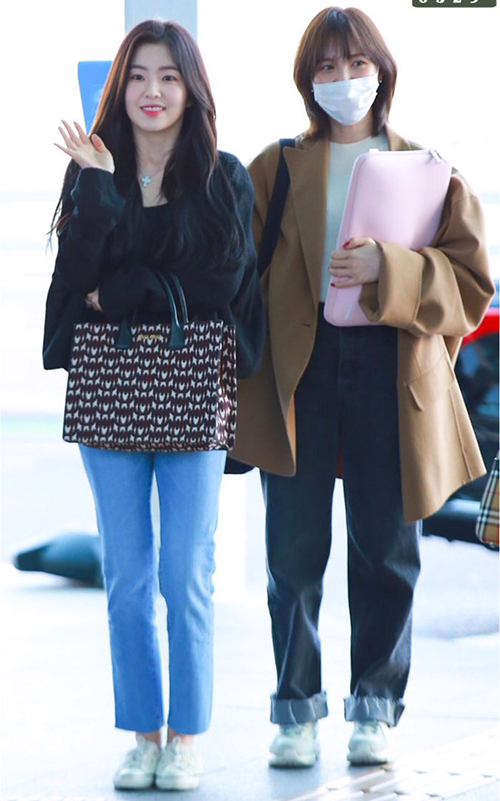 Twice, Red Velvet đọ phong cách khi ra sân bay - Hình 1