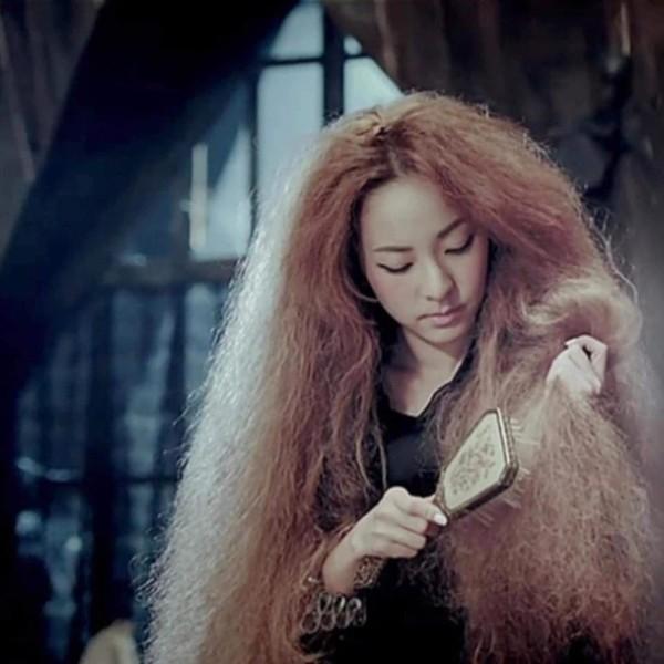 Cạn lời với những kiểu tóc lạ lùng từng gây bão một thời của nam thần Kpop - Hình 6
