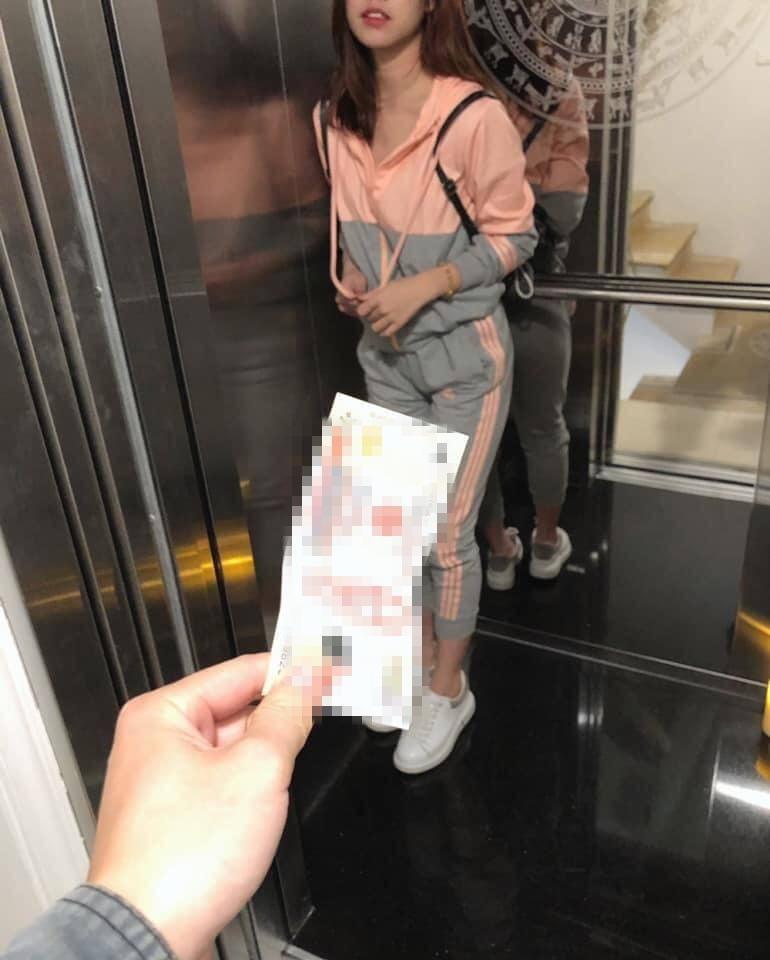 Chế ảnh ăn theo vụ sàm sỡ trong thang máy: Chuyện vui lắm hay sao? - Hình 2