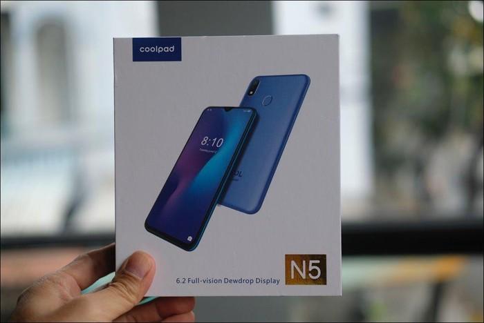 Hình ảnh và video mở hộp Coolpad N5, màn hình giọt nước, camera kép, giá 2,99 triệu đồng - Hình 1