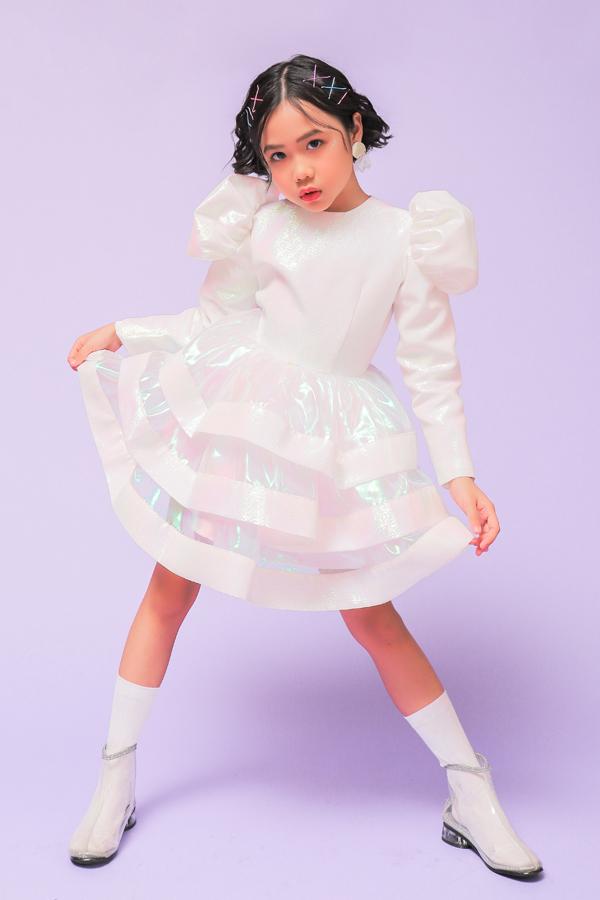 Khánh An mang màn catwalk trong bóng nước tới Shanghai Fashion Week - Hình 1