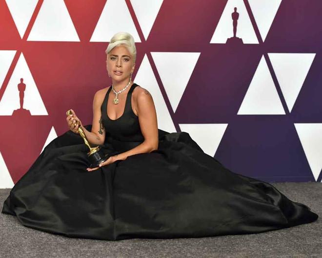 Lady Gaga - từ nàng dị biệt đến ngôi sao đẳng cấp - Hình 14