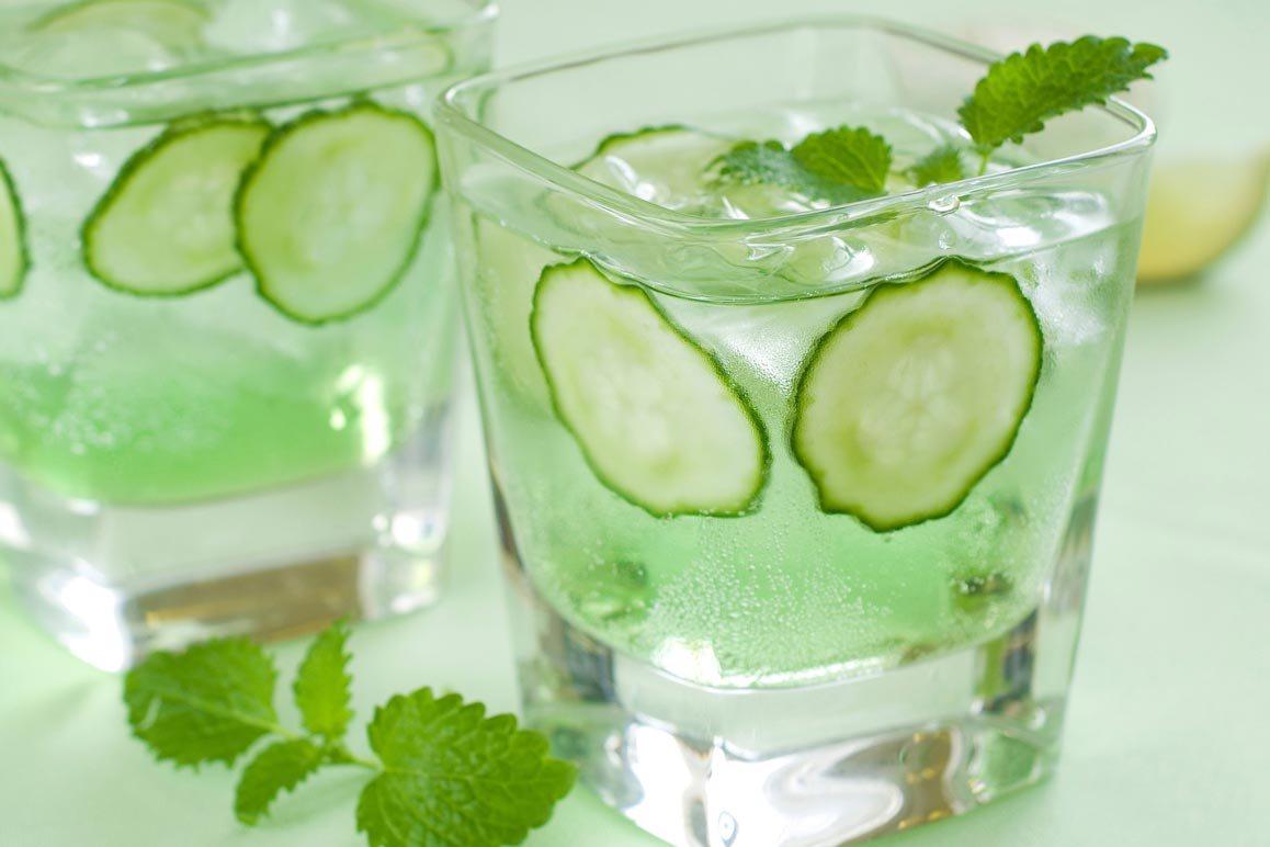 Uống nước ngâm dưa leo giúp giảm lượng đường trong máu - Hình 1