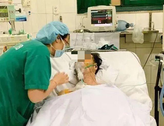 Đang tham quan Hà Nội, nam du khách người Nhật đột ngột mất ý thức, hôn mê - Hình 1