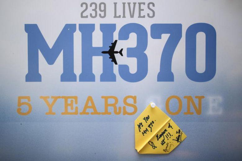 Sau 5 năm MH370 mất tích, Chính phủ Malaysia sẵn sàng khởi động cuộc tìm kiếm mới - Hình 1
