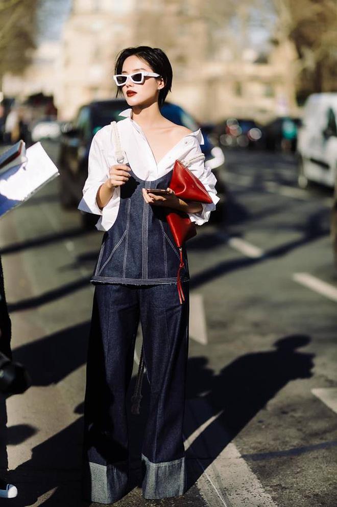 Hà Hồ phô trương ngực trần, Quỳnh Anh Shyn phải mượn áo để 'chinh chiến' street style với dàn sao quốc tế tại Paris - Hình 7