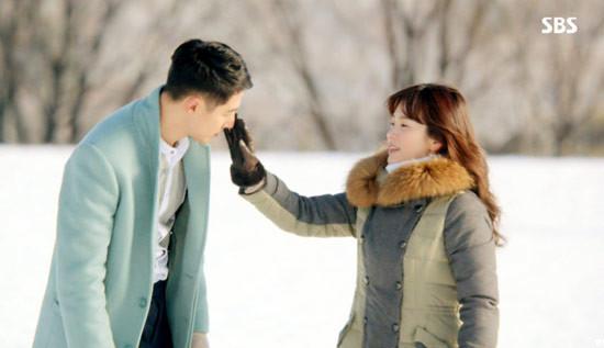 Ngoài ông xã Song Joong Ki, đây là những người tình màn ảnh điển trai của Song Hye Kyo! - Hình 20
