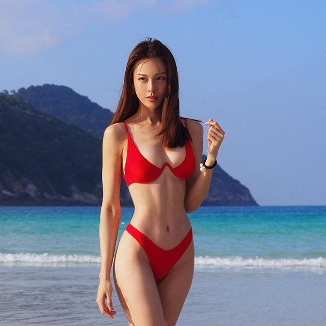 Choáng với thân hình 12% mỡ của nữ hoàng phòng gym Malaysia - Hình 2