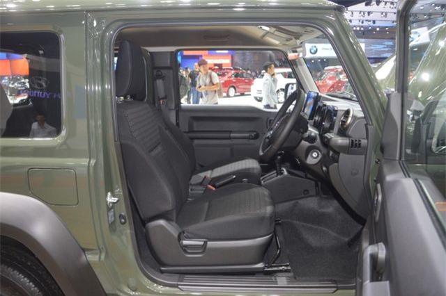 Cận cảnh Suzuki Jimny mới ra mắt tại Thái Lan, giá cao ngất ngưởng - Hình 14