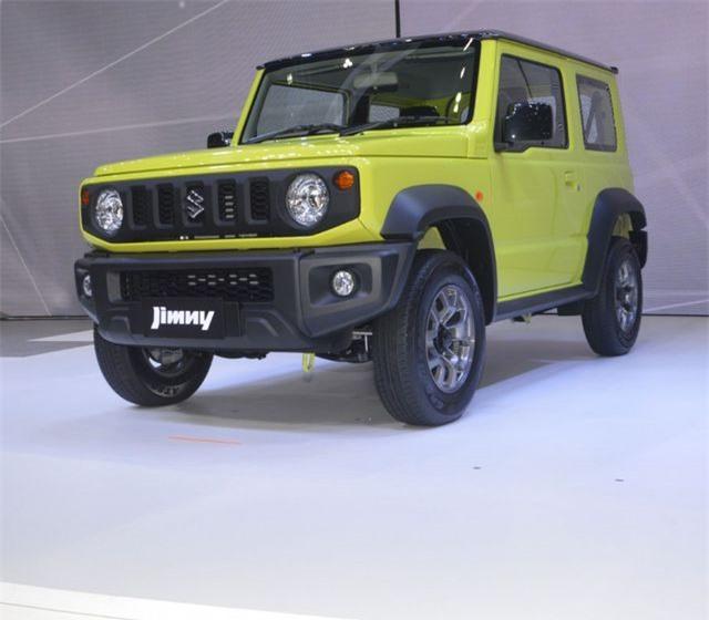 Cận cảnh Suzuki Jimny mới ra mắt tại Thái Lan, giá cao ngất ngưởng - Hình 5