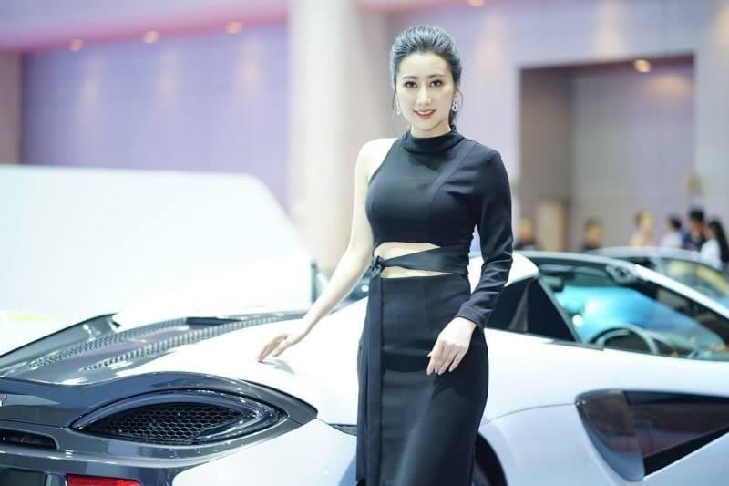 Dàn người đẹp gợi cảm trong gian hàng của McLaren tại triển lãm Bangkok 2019 - Hình 9