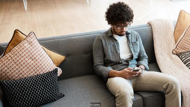 Mạng xã hội ảnh hưởng đến cái nhìn của chúng ta về bản thân như thế nào? - Hình 1