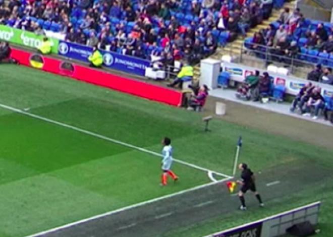 Mất oan 3 điểm, HLV Cardiff nhìn tổ trọng tài ngán ngẩm - Hình 3