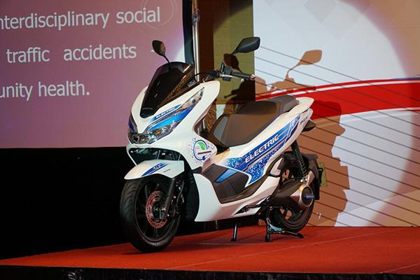 Mẫu xe điện đầu tiên của Honda ở Việt Nam lộ diện - Hình 2