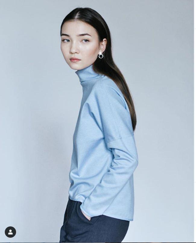 Nữ sinh Kazakhstan: Mặt xinh như tiên, eo kiến càng và vòng 3 cong vút - Hình 5