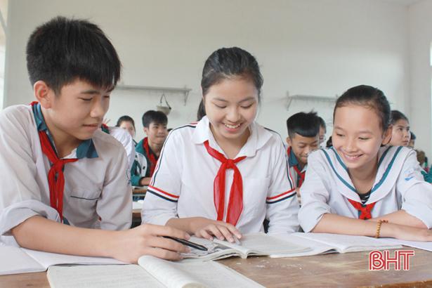 Ôn thi lớp 10 THPT, học sinh Hà Tĩnh bước vào chặng nước rút - Hình 1