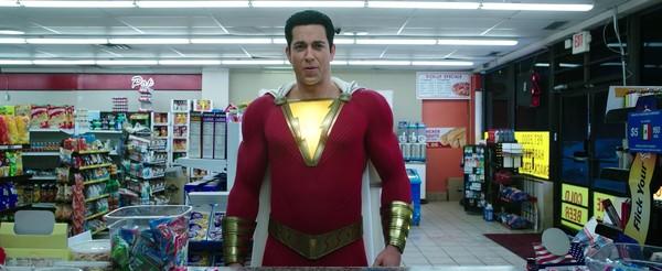 Shazam!: Siêu anh hùng phiên bản trẻ trâu hay bộ phim... giáng sinh chiếu sớm nửa năm - Hình 1