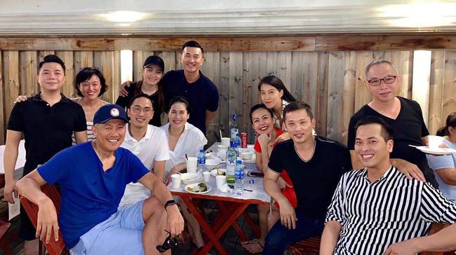 Vợ chồng Tăng Thanh Hà diện đồ đôi hội ngộ cùng hội bạn thân đắt giá trong ngày sinh nhật của hai con - Hình 2